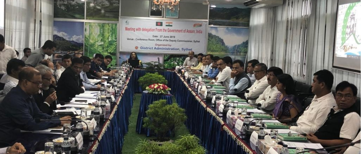 A 'Sampark ' bus tour by a 20-member delegation to Bangladesh from the government of Assam led by the Minister of Industries and Commerce.